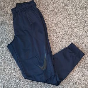 Nike sweatpants size M